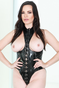 Picture of Dana DeArmond