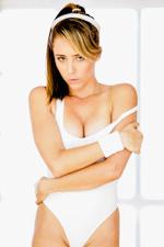 Ella Milano Picture